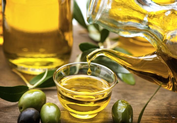Olive-Oil-Photo