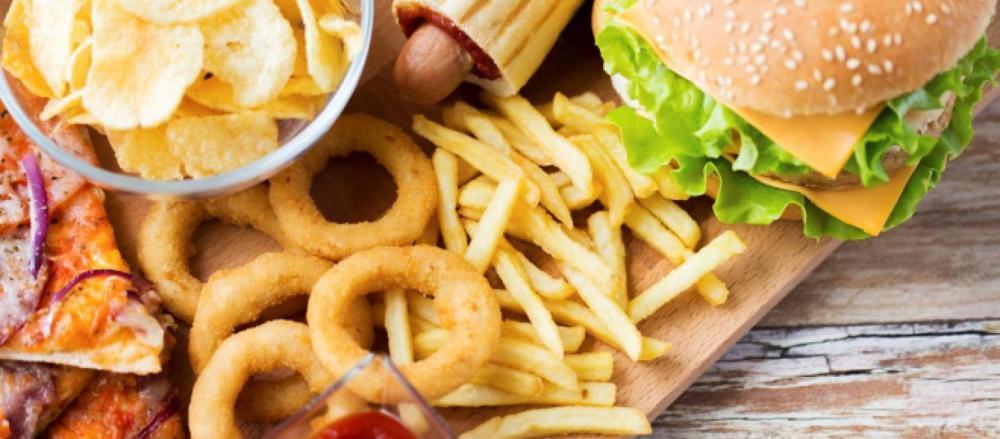 la-comida-rapida-en-exceso-es-altamente-danina_1828565