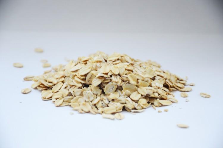 oatmeal_porridge_breakfast_healthy_vitamins_nutrition_diet-1383914.jpg!d