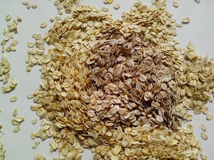 oats-rye-barley-germ-cereal-flakes-food-grains-725x544